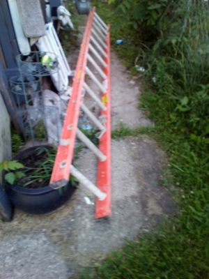 12ft section of a extension ladder for Sale in Columbus, OH