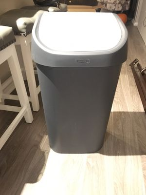 50 L Grey Kitchen Trashcan for Sale in Chicago, IL