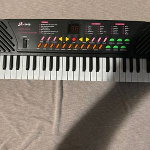54 Keys Kids Electronic Music Piano for Sale in Cutler, CA