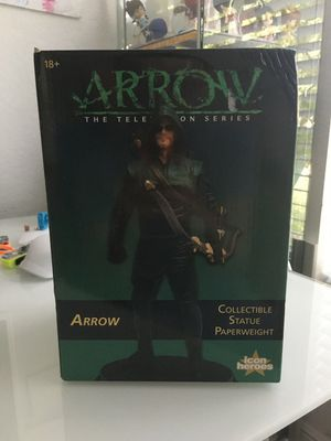 Arrow Season 1 Collectible Statue from Icon Heroes for Sale in Coral Springs, FL