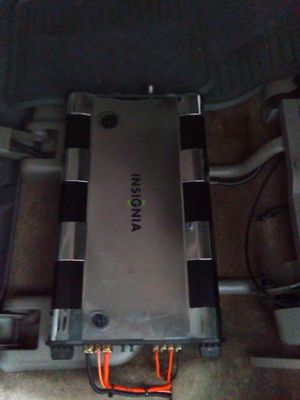 Insignia amplifier 2 channel 1000w for Sale in Waco, TX