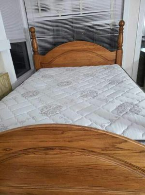 """Queen Bed Solid Wood """"Ethan Allen"""" Included Mattress and Box Spring Very Clean, Very Good Condition for Sale in West Covina, CA"""