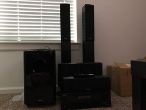 Onkyo 7.1 channel speak w/ receiver for Sale in Pflugerville, TX