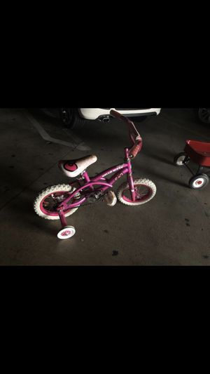 Hello kitty bike 12 inch for Sale in Burbank, CA