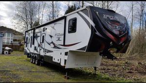 Keystone Fuzion 5th wheel for Sale in Bonney Lake, WA