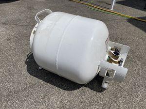 Manchester 20lb Horizontal RV / Truck camper Propane Tank for Sale in Auburn, WA