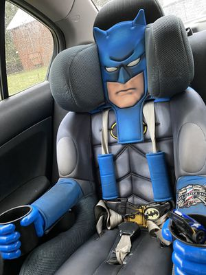 Car seat/ booster seat for Sale in Bristol, CT