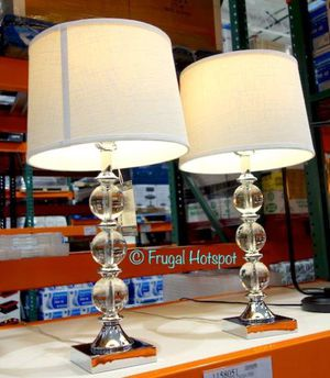Bridgeport Designs Set of 2 Table Lamps one of them is damage for Sale in Stafford, TX