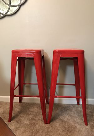 35$ for both! Medal bar height stools......!!!! for Sale in Tacoma, WA