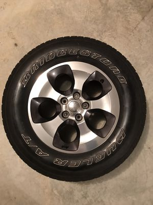 Set of 5 2016 Jeep Wrangler Sahara wheels and tires for Sale in Louisa, VA