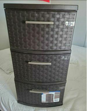 Sterilite 3 Drawer Medium Weave organizer Brown for Sale in Tempe, AZ