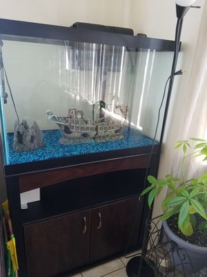Fish tank for Sale in Long Beach, CA