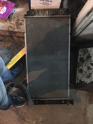 Radiator for a Chevy 350 for Sale in Wellington, OH