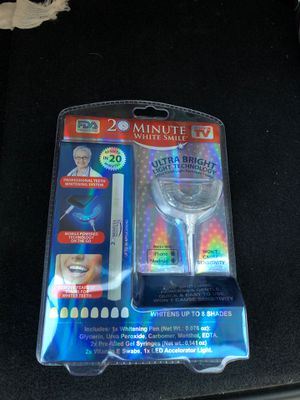 New As seen on TV 2 minute white smile kit for Sale in Houston, TX