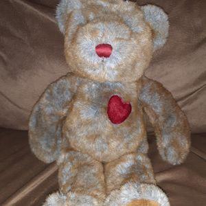 "Rare Dan Dee Collectors Choice 17"" Muli Colored Heart Teddy Bear. In Excellent Condition for Sale in Los Lunas, NM"