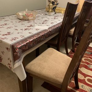 Wooden Dinning Table for Sale in Aurora, CO