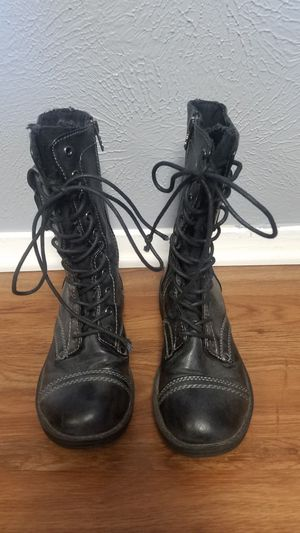 Women's boots for Sale in Arlington, TX