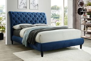 Queen bed frame with mattress pillow top brand new for Sale in Houston, TX