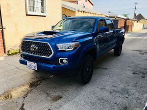 2018 Toyota Tacoma for Sale in Carson, CA