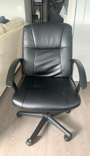 Desk chair for Sale in St. Petersburg, FL