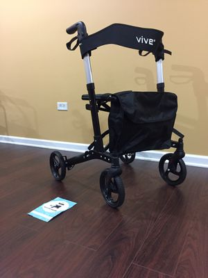 New vive walker for Sale in Downers Grove, IL