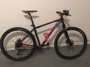 Giant hardtail 29er mountain bike for Sale in San Diego, CA