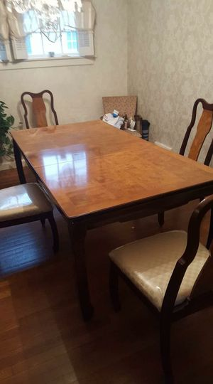 China cabinet and matching table with 4 chairs for Sale in WILOUGHBY HLS, OH