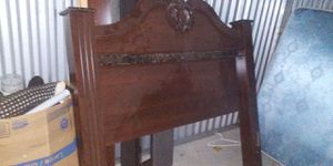 Very nice bed frame for Sale in Modesto, CA