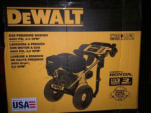 Dewalt 4400psi pressure washer for Sale in Oakland, CA