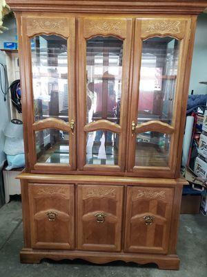 China cabinet in good condition. for Sale in Tracy, CA