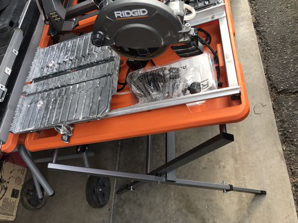 RIDGID 9 Amp Corded 7 in. Wet Tile Saw with Stand