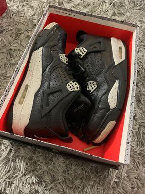 Jordan 4s Oreo size 9.5 for Sale in Fresno, CA