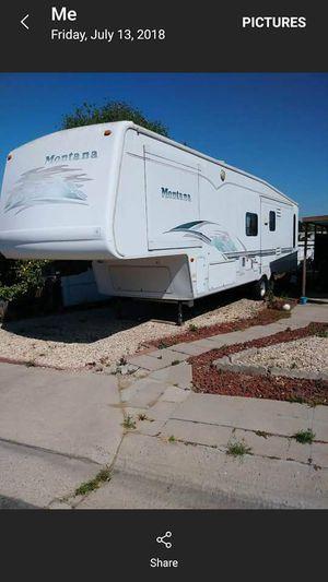 5th Wheel Montana 2002 for Sale in Nipomo, CA