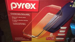 Pyrex baking dishes for Sale in Thomasville, NC