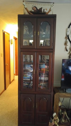 Lighted cabinets for Sale in Shippensburg, PA