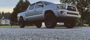 2009 Toyota Tacoma Clean 4WDWheels for Sale in Westminster, CO