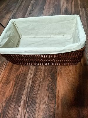 Large wicker basket with liner for Sale in Marietta, GA