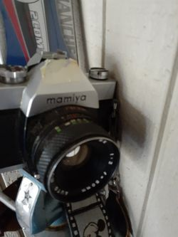 Mamiya sx500 camera with 50 secor lens for Sale in Boise,  ID