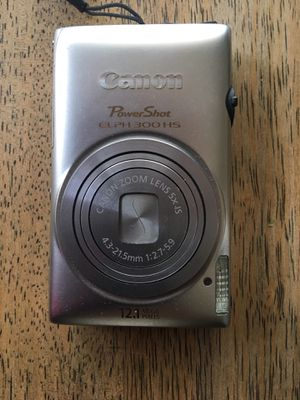 Canon Elph 300 digital camera bundle for Sale in Oceanside, CA