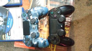 2 PS4 PlayStation 4 pro controllers games for trade for Sale in Seattle, WA