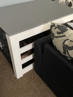 Farm House Kennel Cover Table for Sale in Winchester,  CA