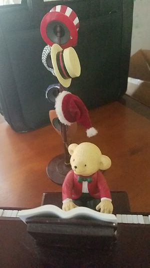TEDDY TAKES REQUESTS WITH BABY GRAND PIANO for Sale in Miami, FL