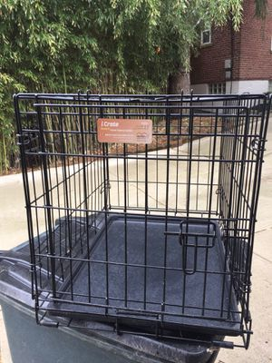 Dog crate with cover 24x20x18 for Sale in Covington, KY