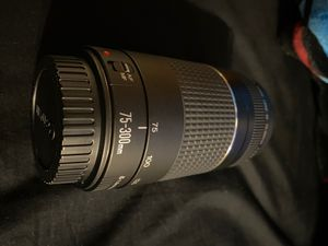 Canon lenses 75-300mm never used for Sale in Everett, WA