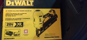 DeWalt Brushless Paper Collated 30° Framing Nailer Kit for Sale in Berwyn Heights, MD