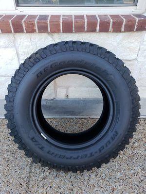 1 Brand NEW BF Goodrich Mud-Terrain T/A KM tire (255/75R17) for Sale in Frisco, TX