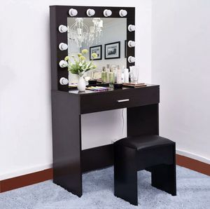 Brand new makeup table with chair, vanity table with mirror and stool for Sale in Orlando, FL