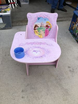 Disney Kids desk chair for Sale in Costa Mesa, CA