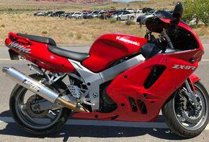 PRICE $10OO URGENT-FOR🌟SALE-Kawasaki 900 for Sale in Wichita, KS