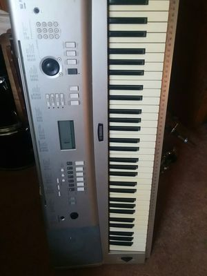 Yamaha keyboard for Sale in Skokie, IL